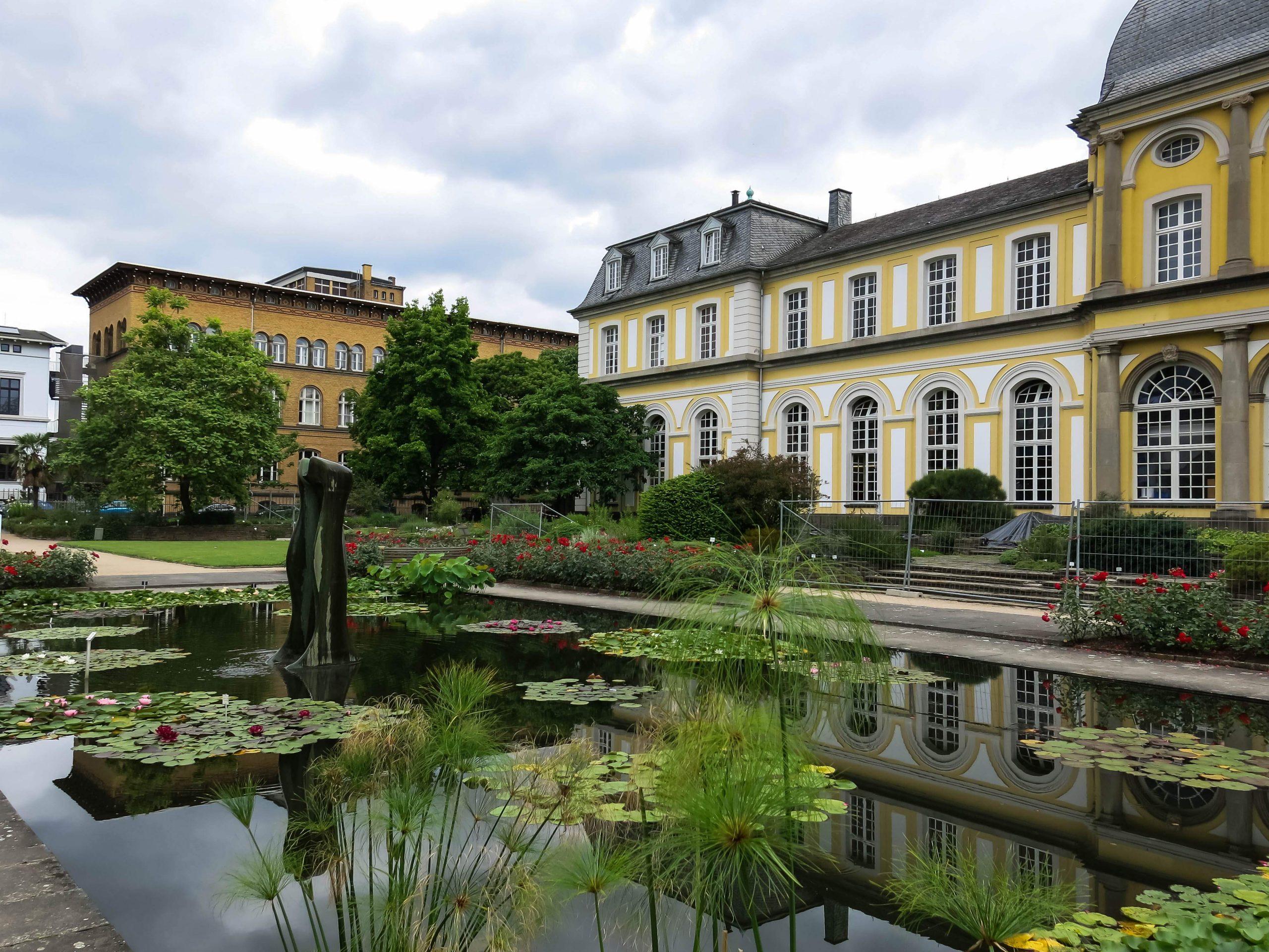 Datei 2018 06 18 bonn meckenheimer allee 169 botanischer garten lyrabrunnen 06