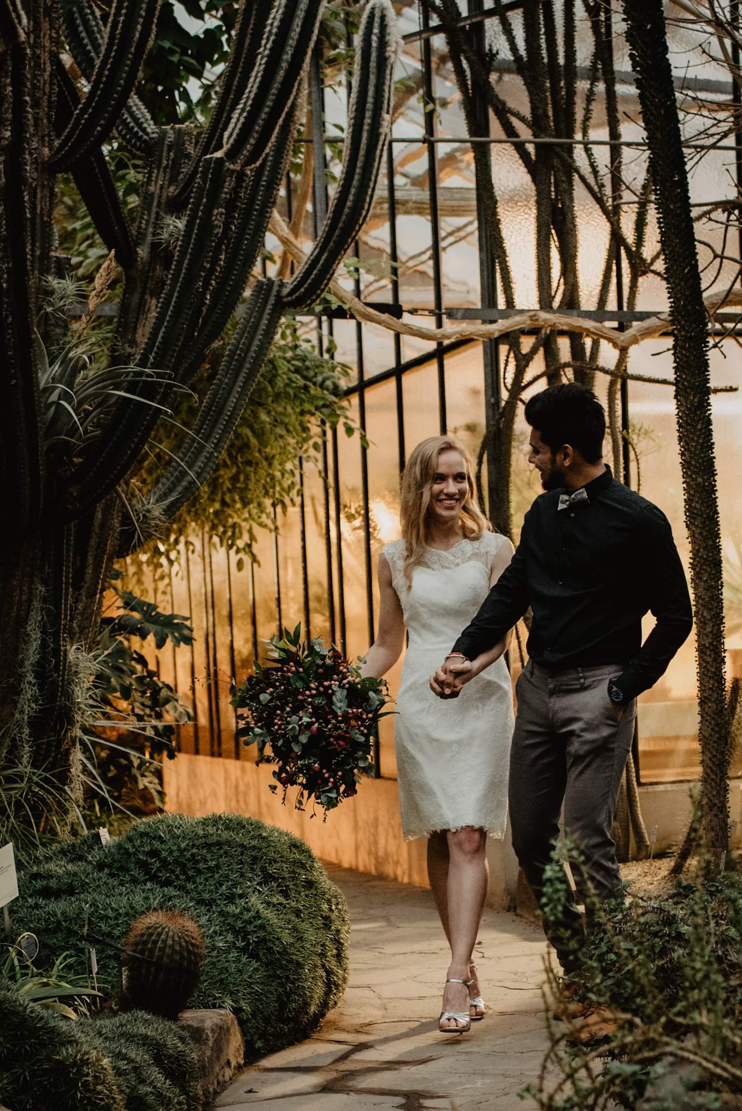 Hochzeitsfotograf Bonn Köln Genuine Bonds Elopement intime boho Hochzeit 37