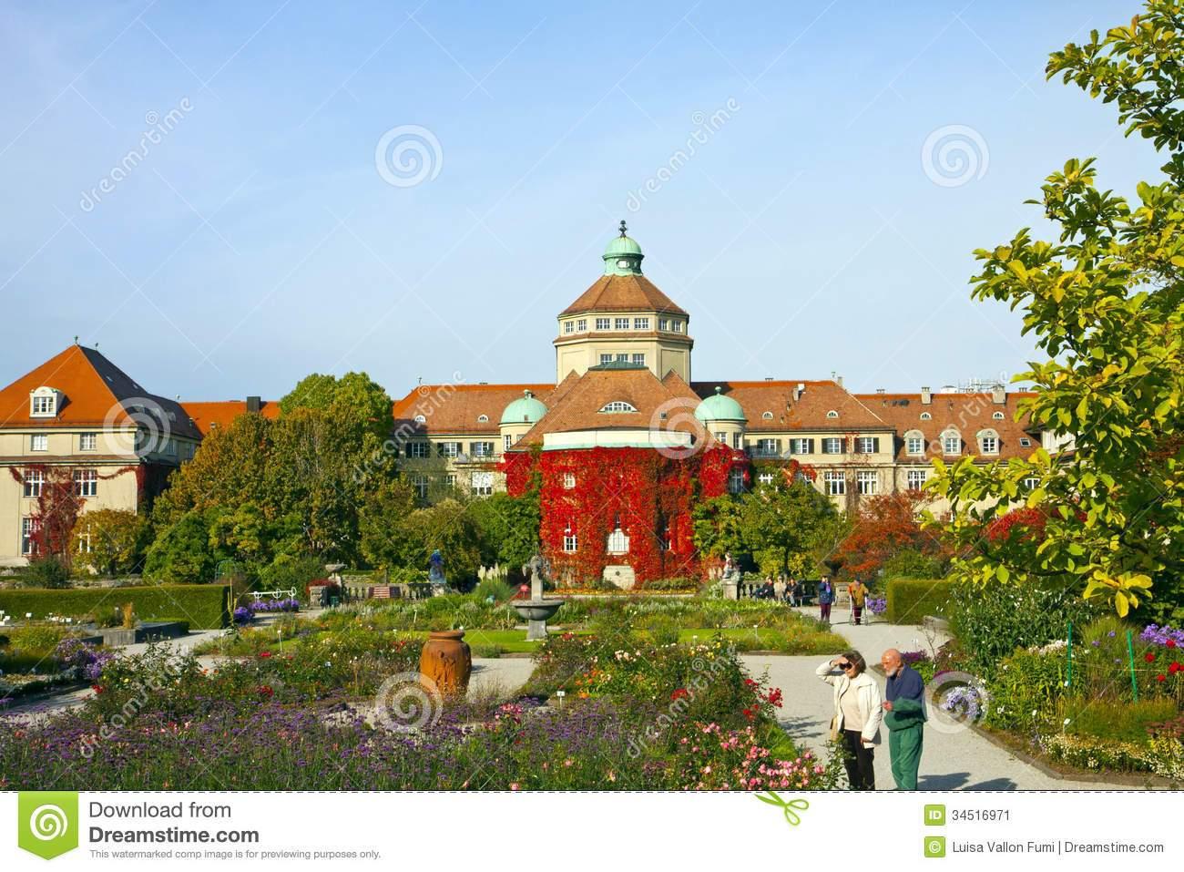 Botanischer Garten München Reizend München Botanischer Garten Im Herbst Redaktionelles Foto