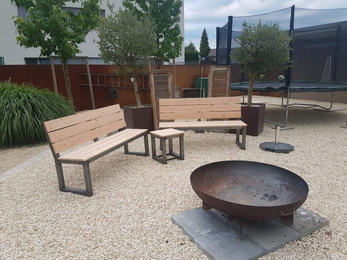 Feuerstelle Im Garten Frisch Gartenbank Sitzbank Feuerstelle In 6850 Dornbirn Für € 380