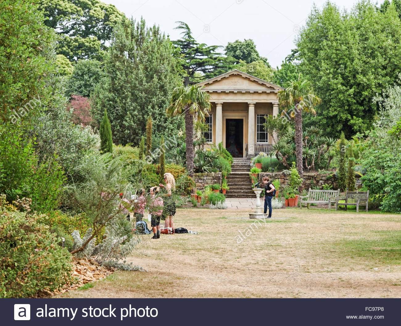 konig wilhelm tempelgarten mediterranen garten kew royal botanical gardens london england uk fc97p8