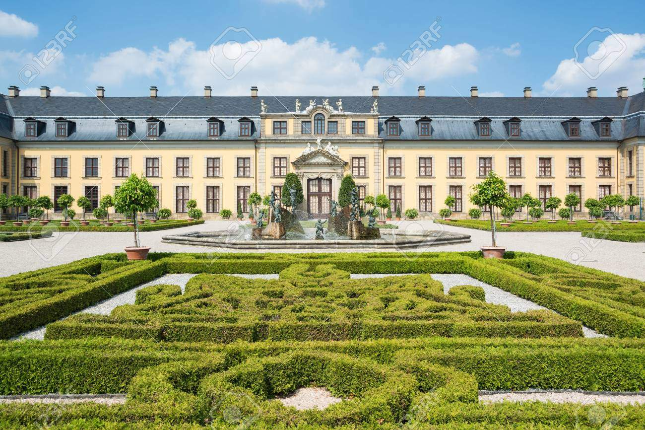 photo herrenhäuser gärten in niedersachsen