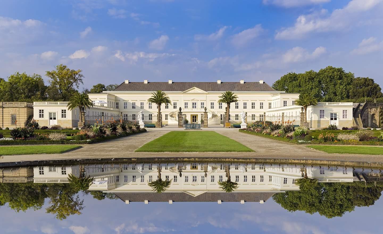 Herrenhäuser Gärten Neu 0099sb Schloss Herrenhäuser Gärten Mit Spiegelung Im Brunnen