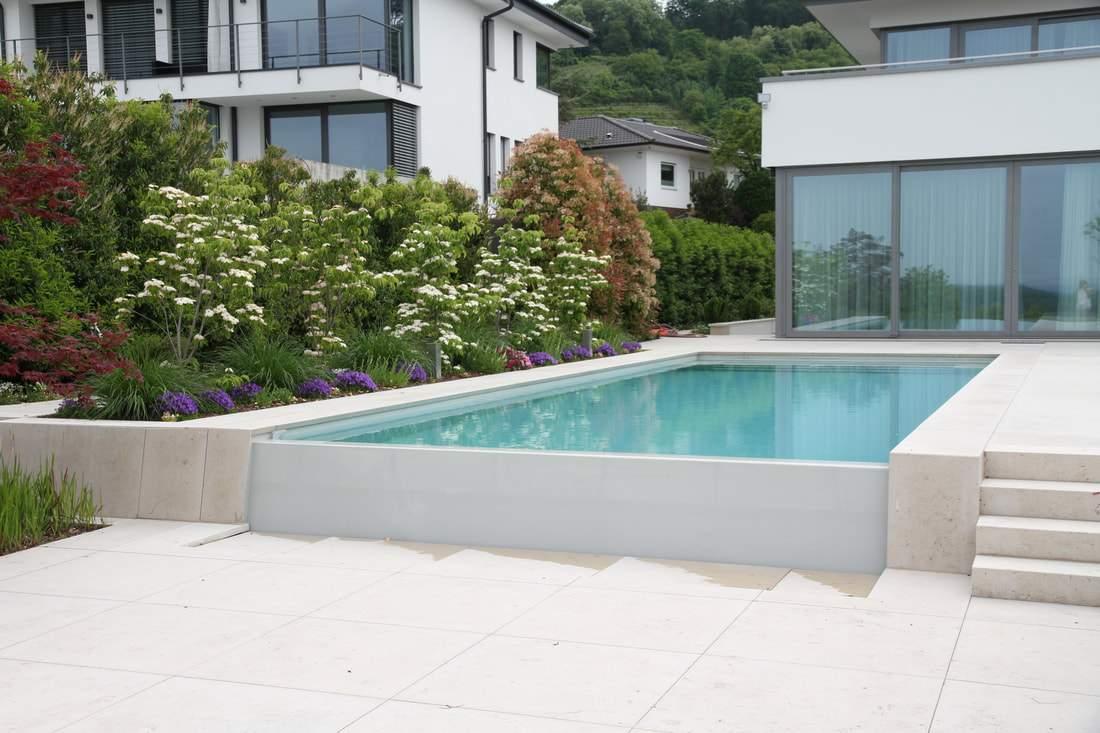 010 garten infinity pool naturstein hangabfang schwimmbad mauer natursteinmauer orig