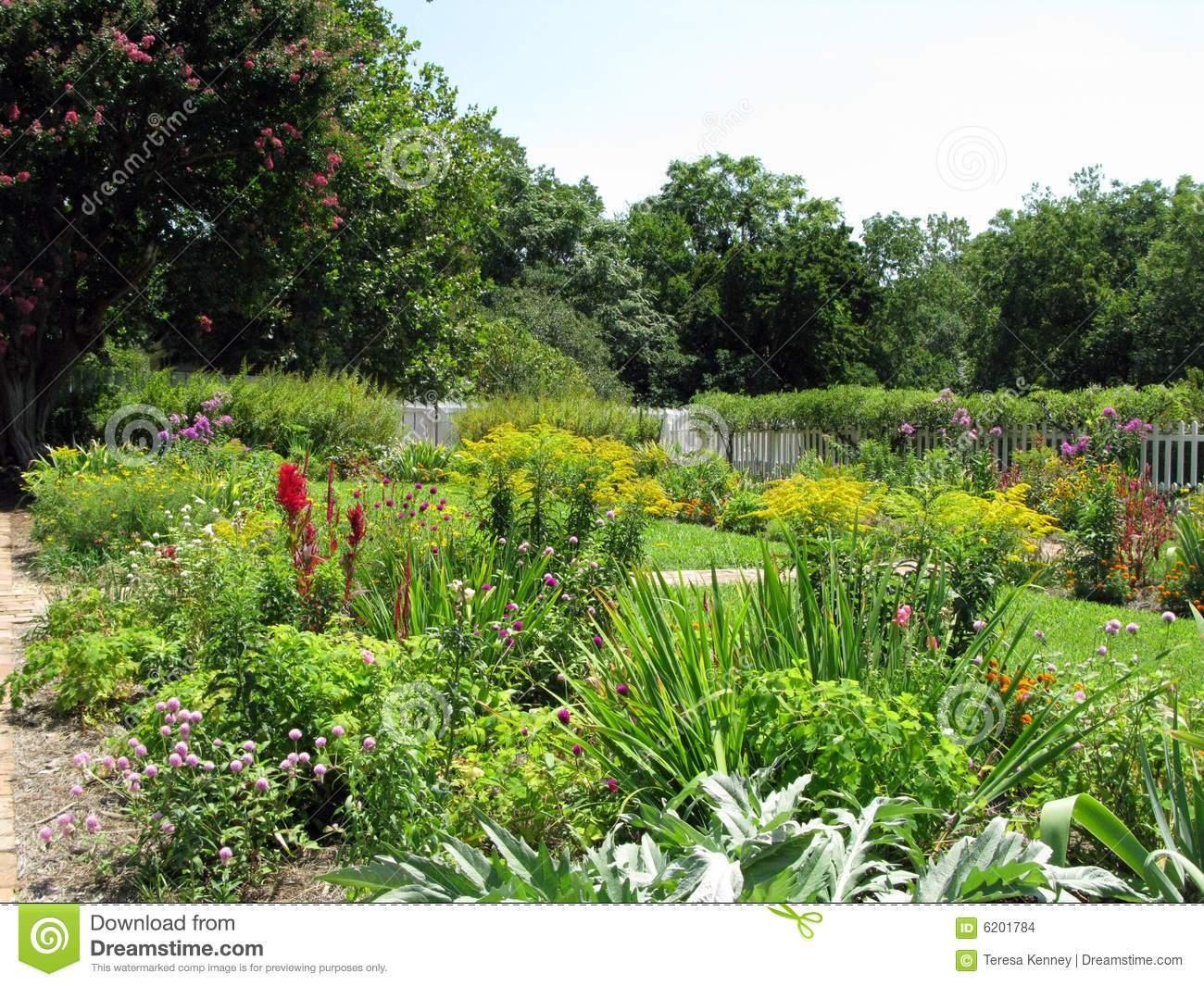 Schöne Gärten Genial Schöne Gärten Stockfoto Bild Von Betrieb Durchdacht