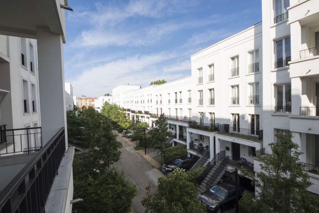 Schweizer Garten Elegant 3 Zimmer Wohnung Zum Verkauf Am Schweizer Garten 3