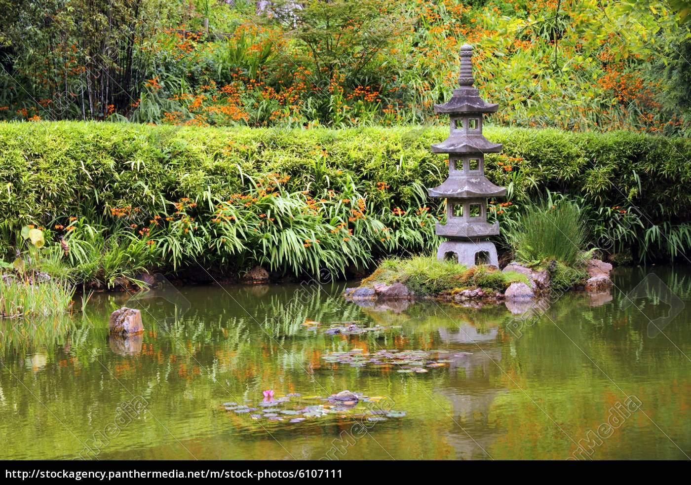 friedlicher zen garten high
