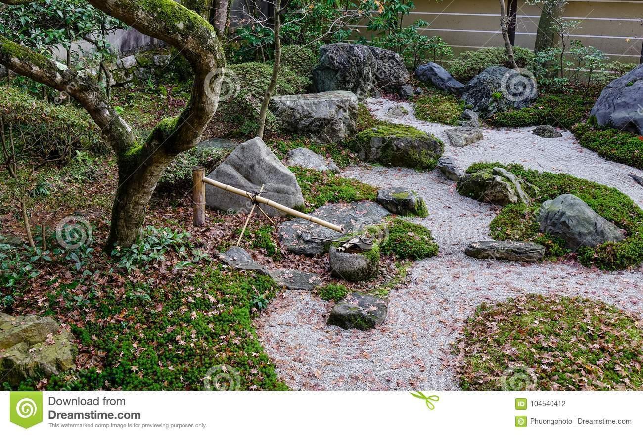 japanische zengarten meditationssteine