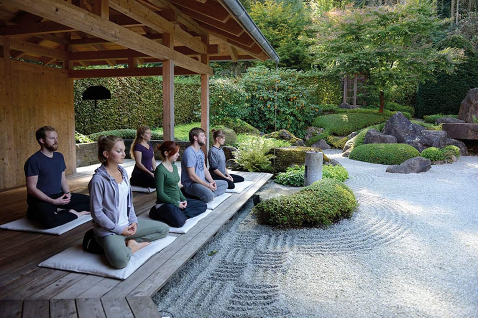 csm Meditieren im Zengarten Helena 38e9844fb3