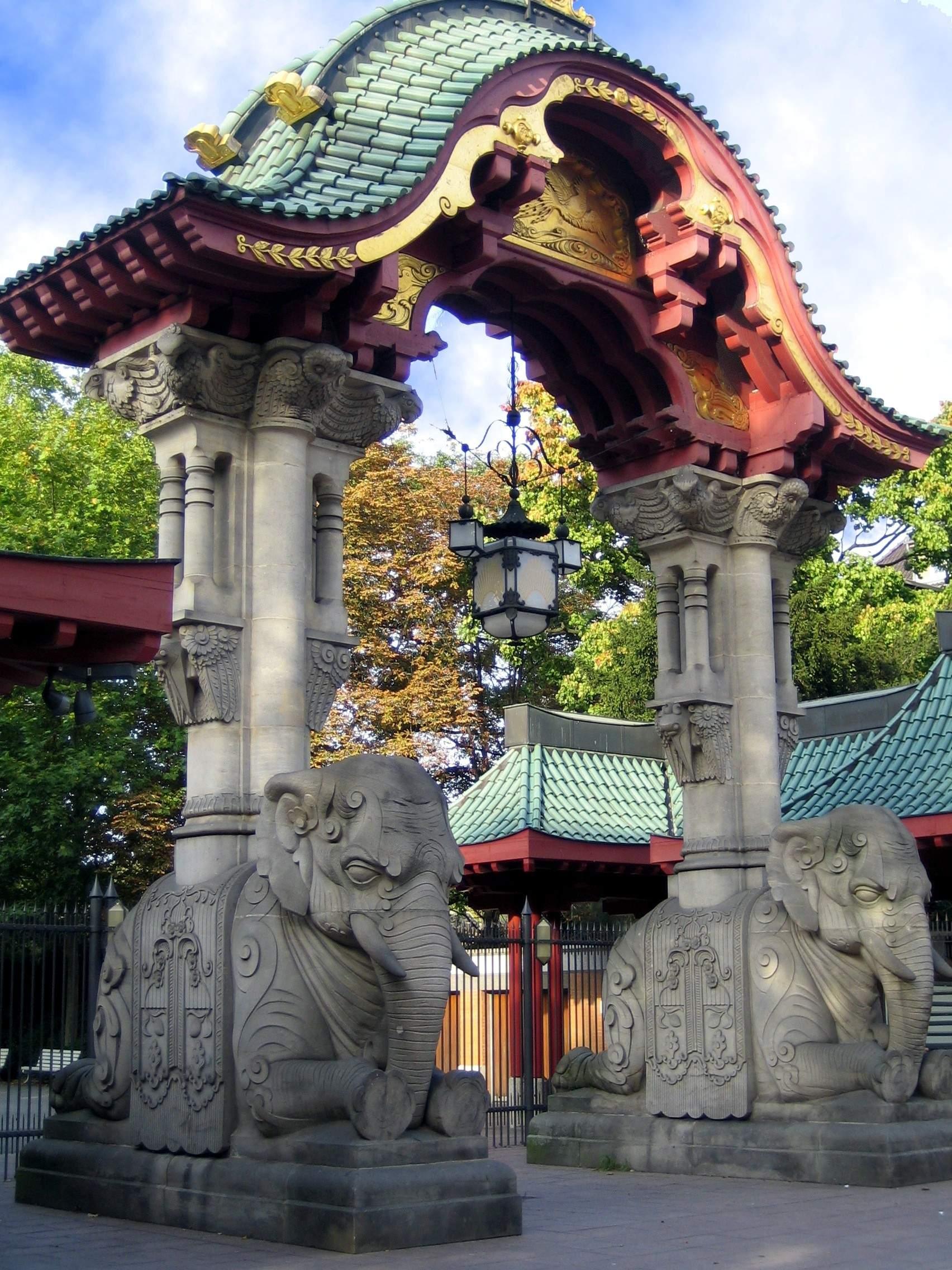 Datei Zoo Berlin Elefantentor
