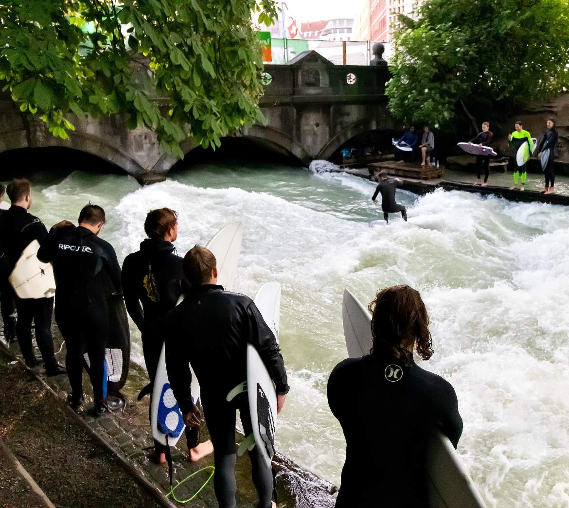Englischer Garten Surfen Frisch Surf You Can Do It In the Englischer Garten In Munich Ecobnb
