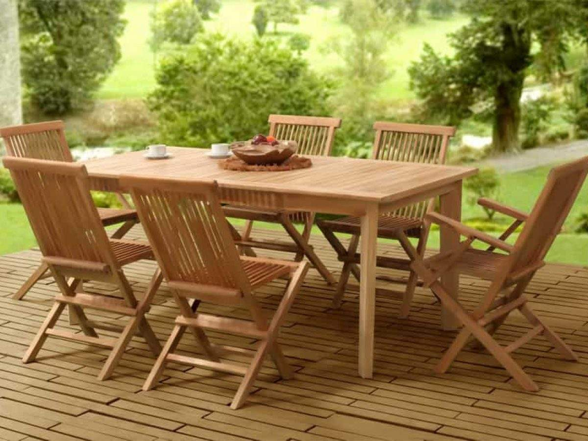 Collection Wooden Classic Folding Dining Set 1200x900